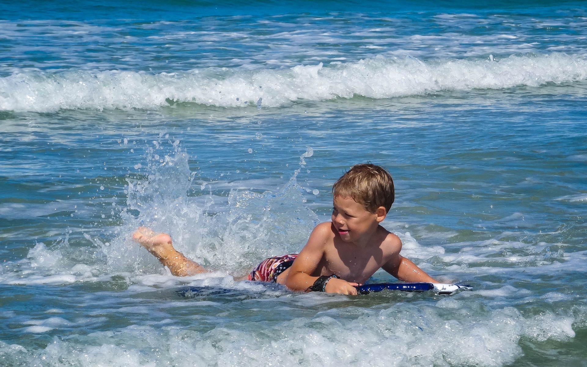 Bodyboard en famille, plages, campings