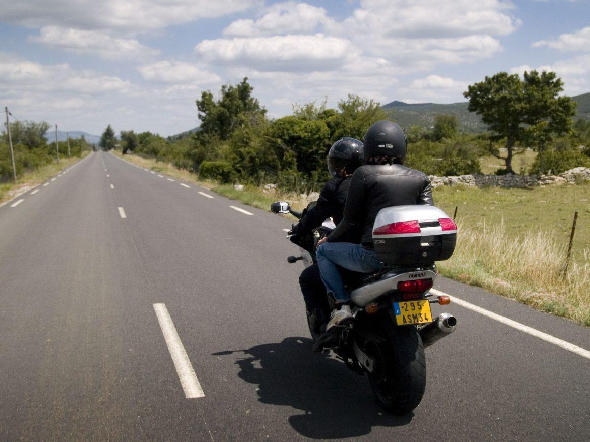 Balade moto vers le Grand Site Cirque de Navacelles
