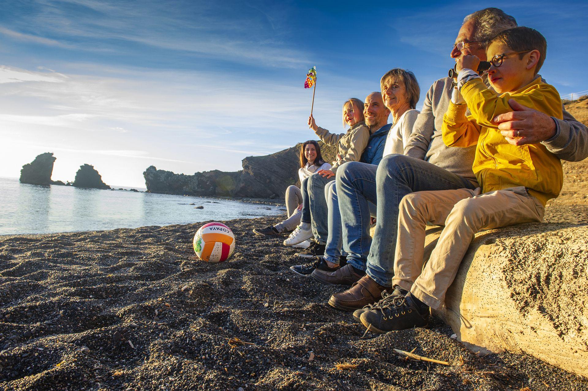 En famille sur la plage de La Grande Conque au Cap d'Agde