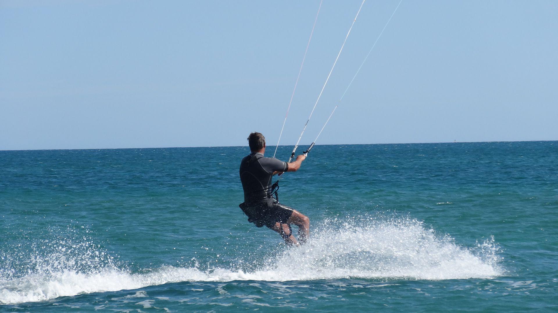 kitesurf plage des Aresquiers