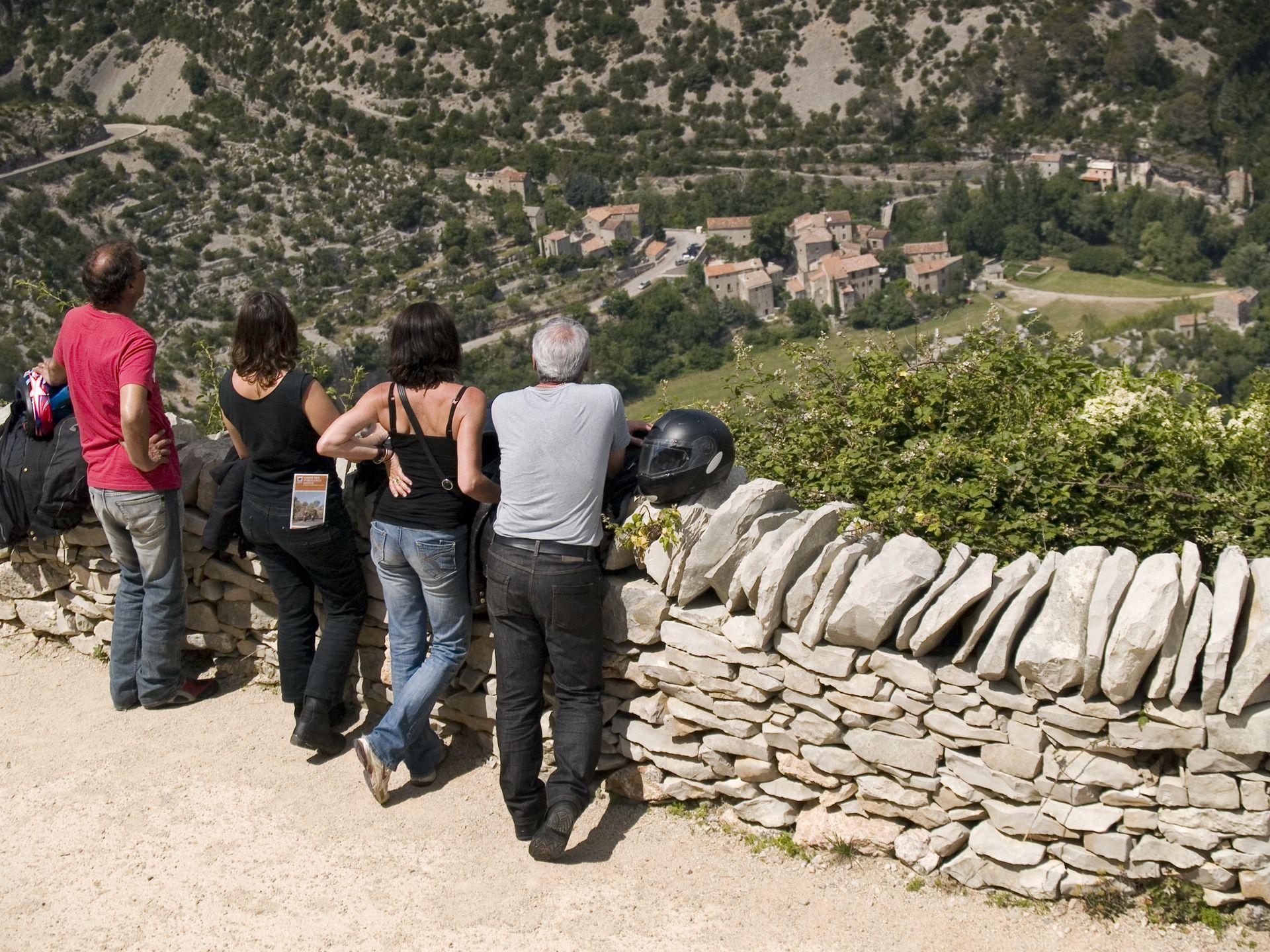 Balade moto dans l'Hérault au Grand Site du Cirque de Navacelles