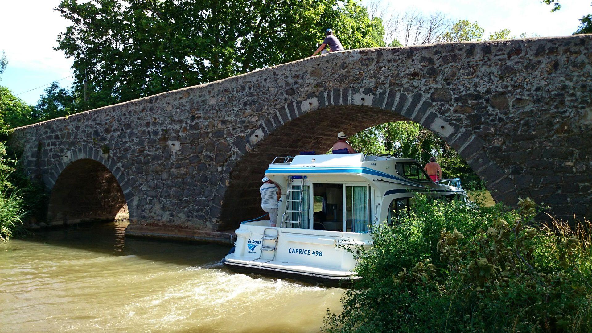 Le Pont aux Trois Yeux