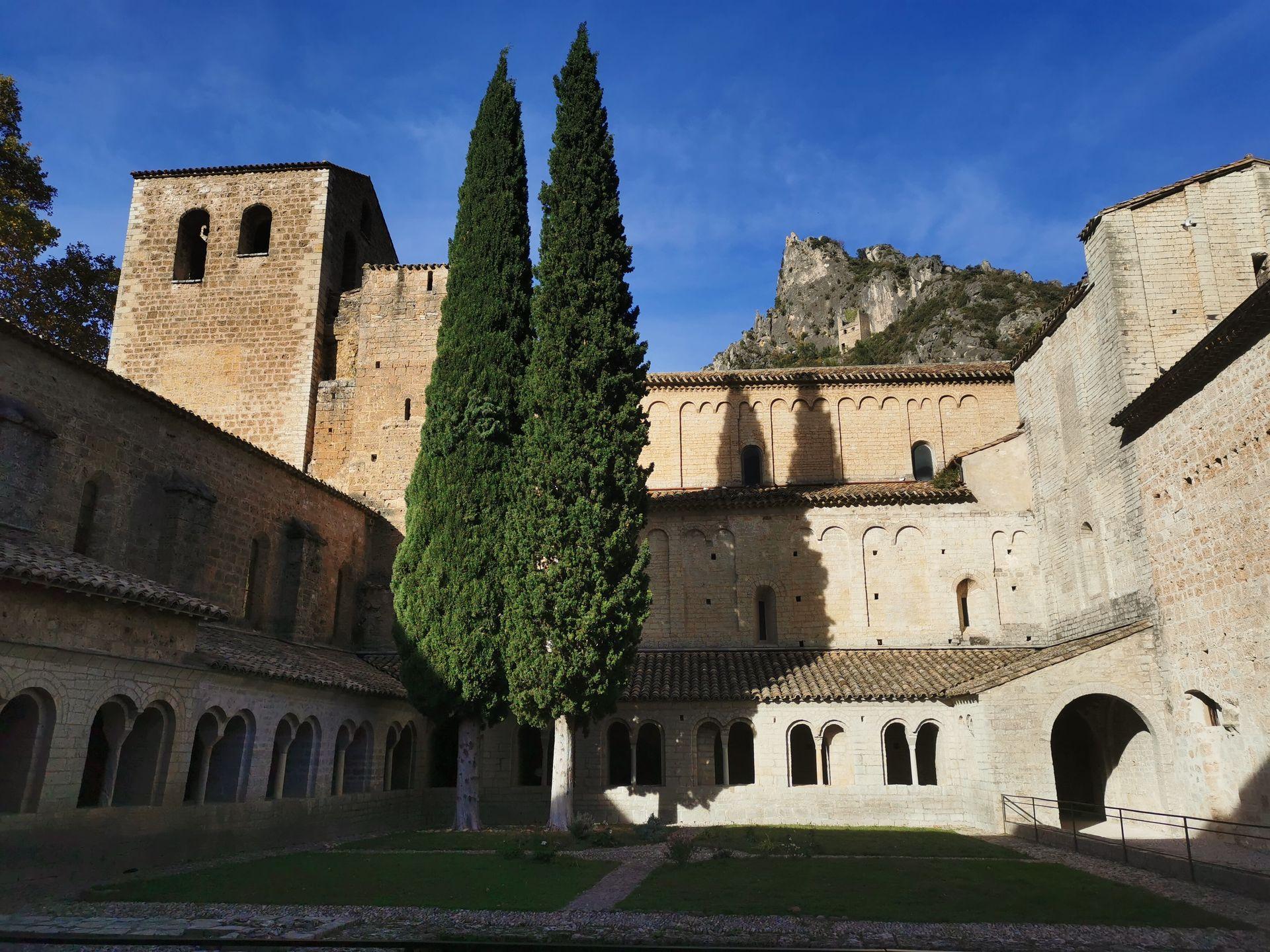 Clître de l'Abbaye de Gellone - Saint Guilhem le Désert