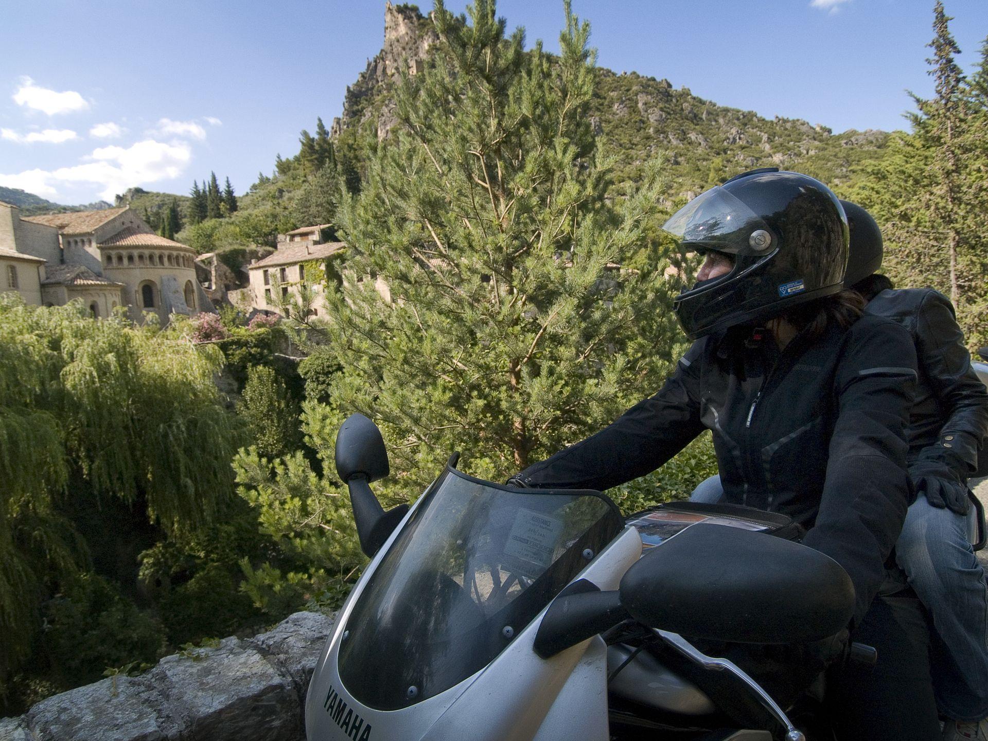 Balade moto à St Guilhem-Le-Désert