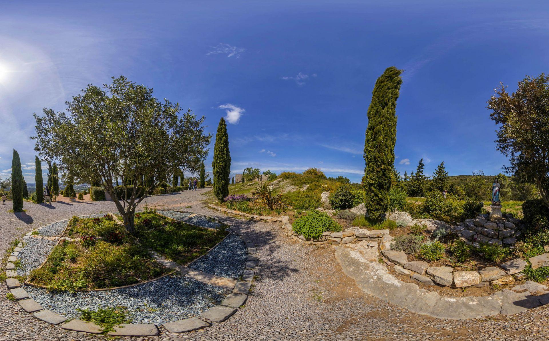 Les jardins de St-Felix de Montceau