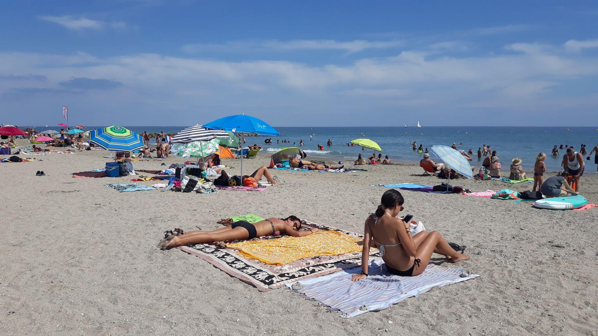 Bronzette et farniente sur la plage de Frontignan