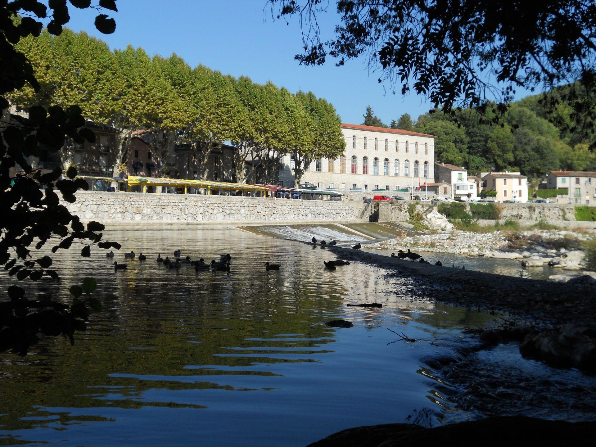 Laroque, barrage sur l'Hérault
