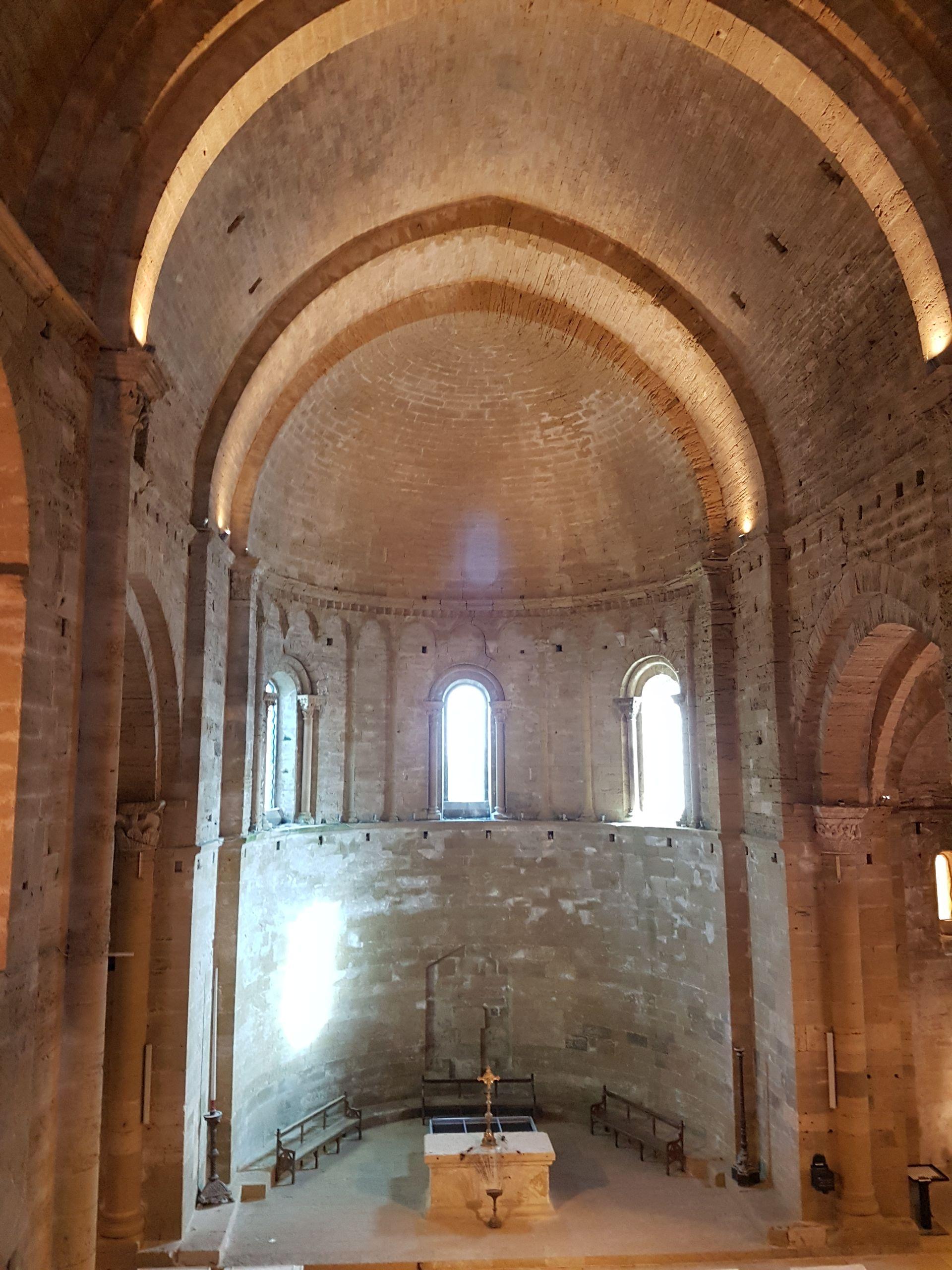 Intérieur de la Cathédrale de Maguelone