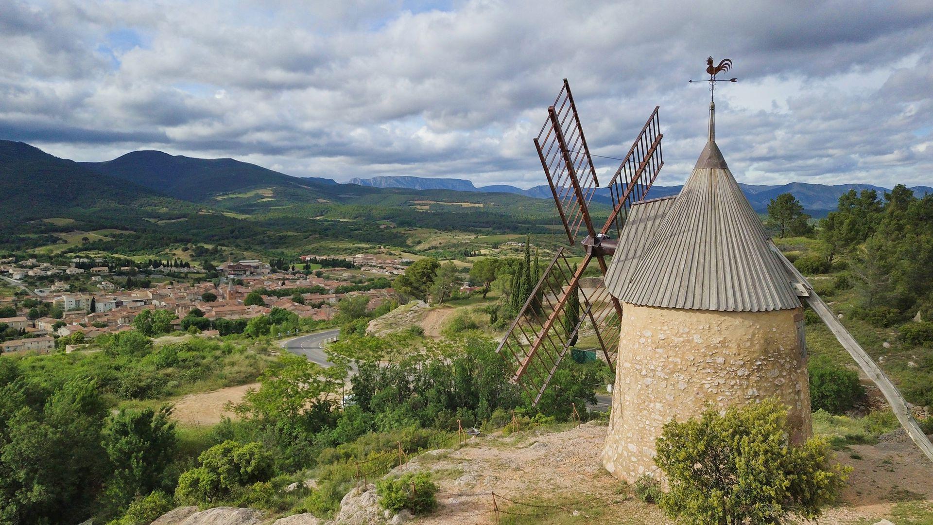 Le Moulin du rocher à St-Chinian