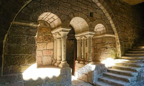 Le cloitre du Prieuré St-Michel de Grandmont