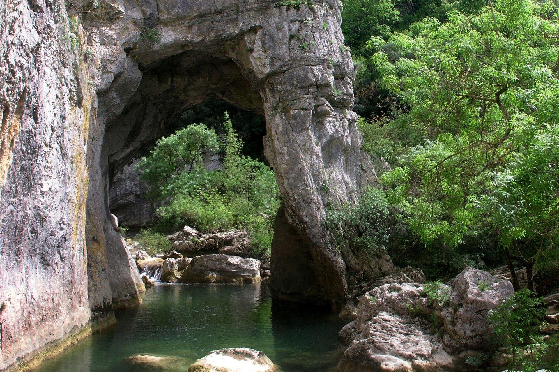 Le Ravin des Arcs et les gorges du Lamalou
