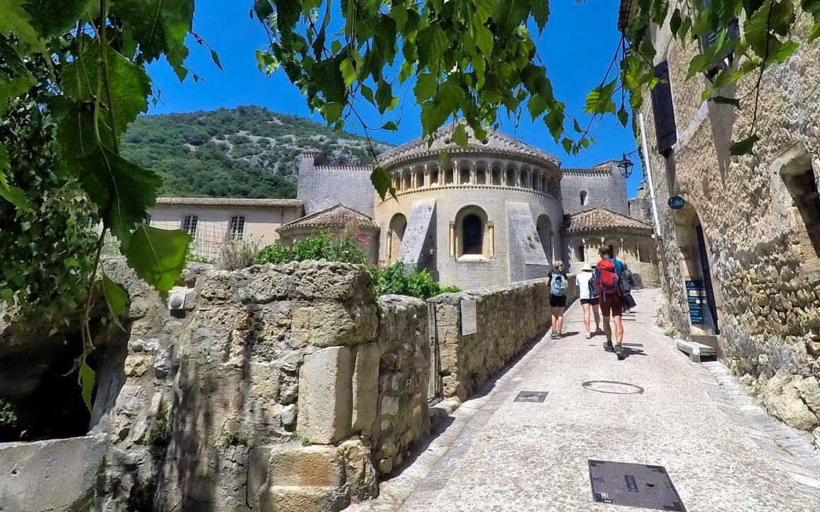 Randonnée à l'abbaye de Gellone