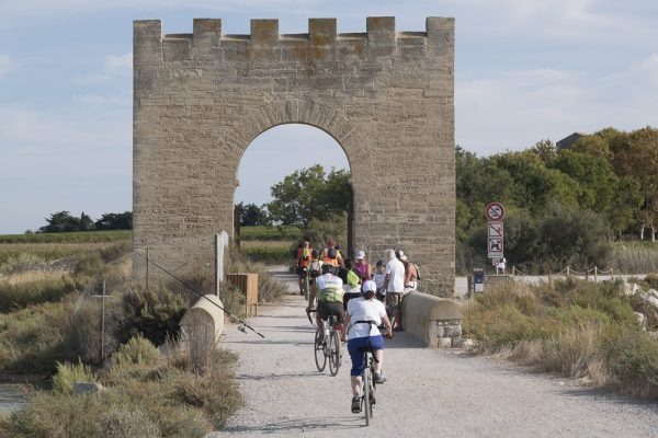 A vélo près de la porte de Maguelone