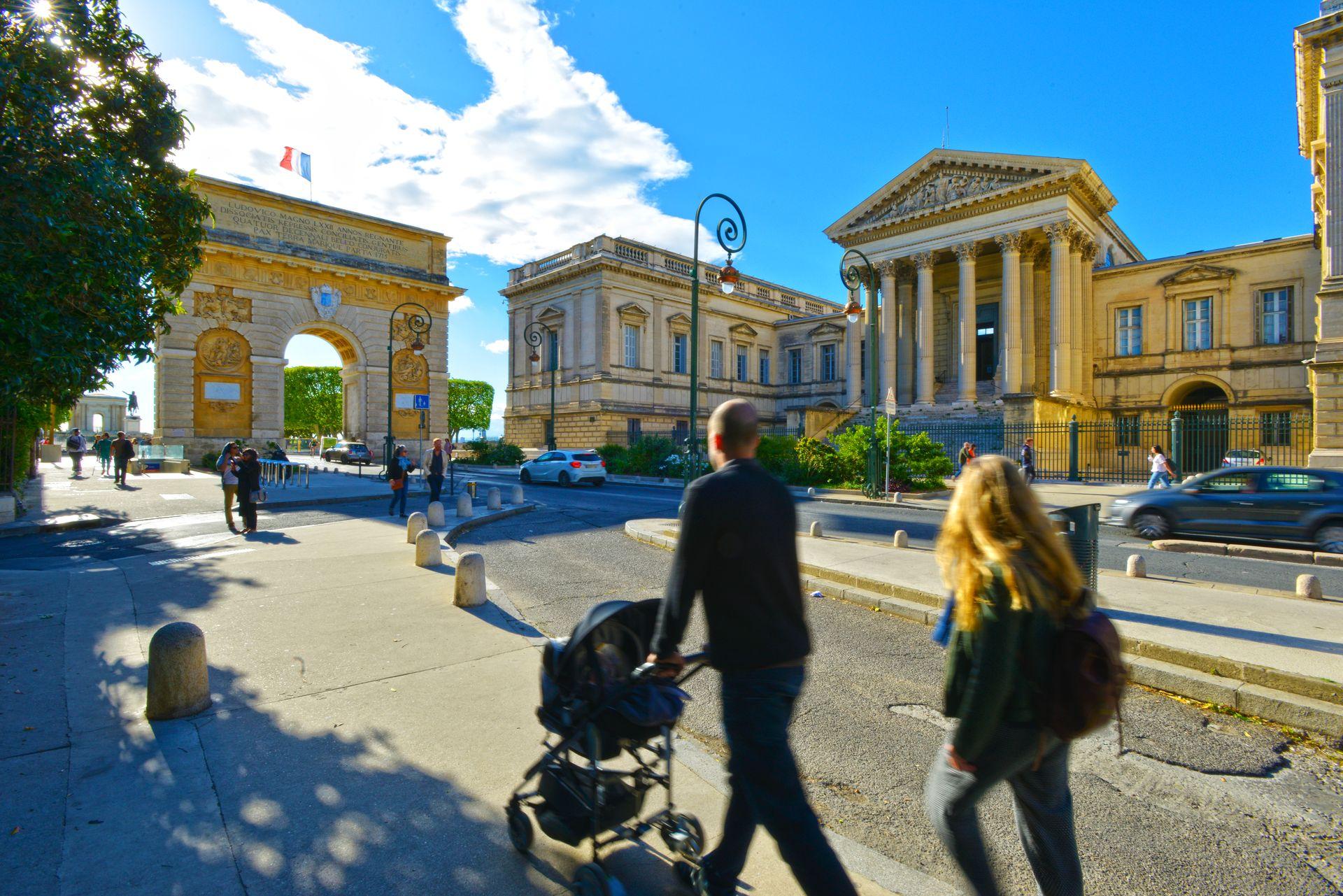 Balade sur l'Avenue Foch jusqu'à l'Esplanade du Peyrou à Montpellier