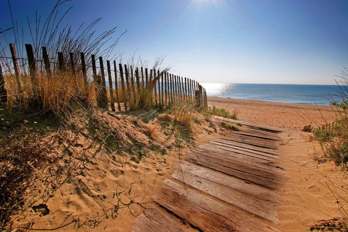 Entrée sur les plages biterroises