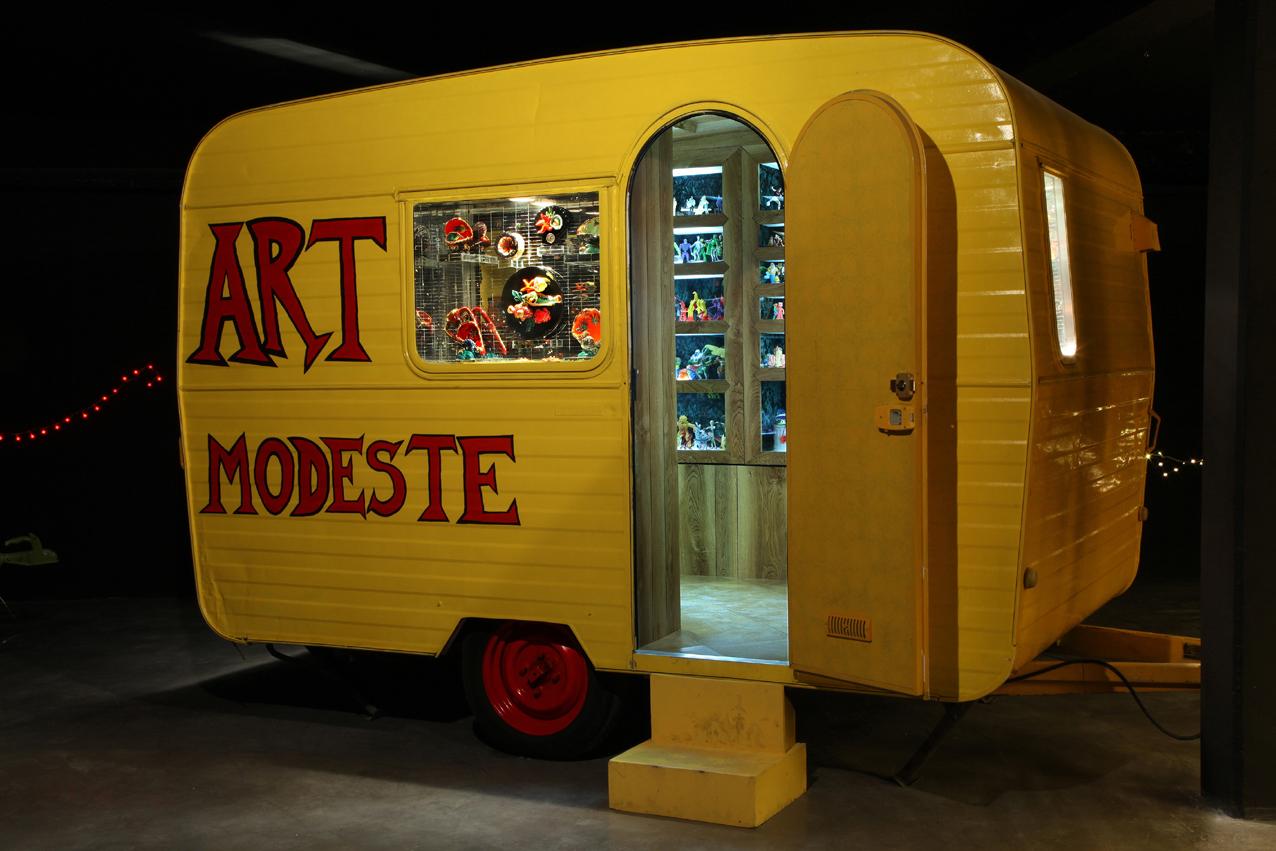 Caravane emblématique du MIAM d'Hervé Di Rosa