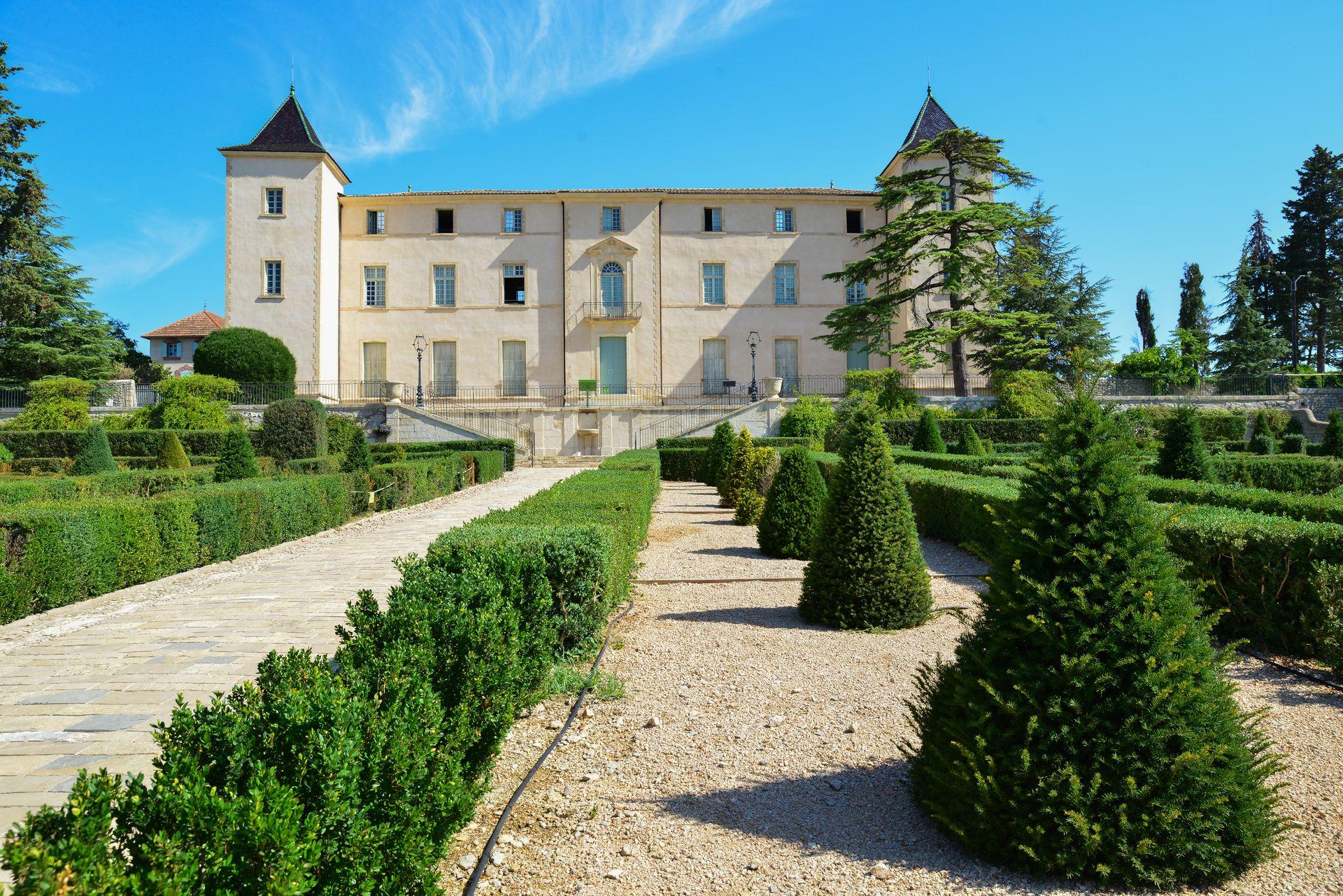 Château de Restinclières et ses jardins à la française