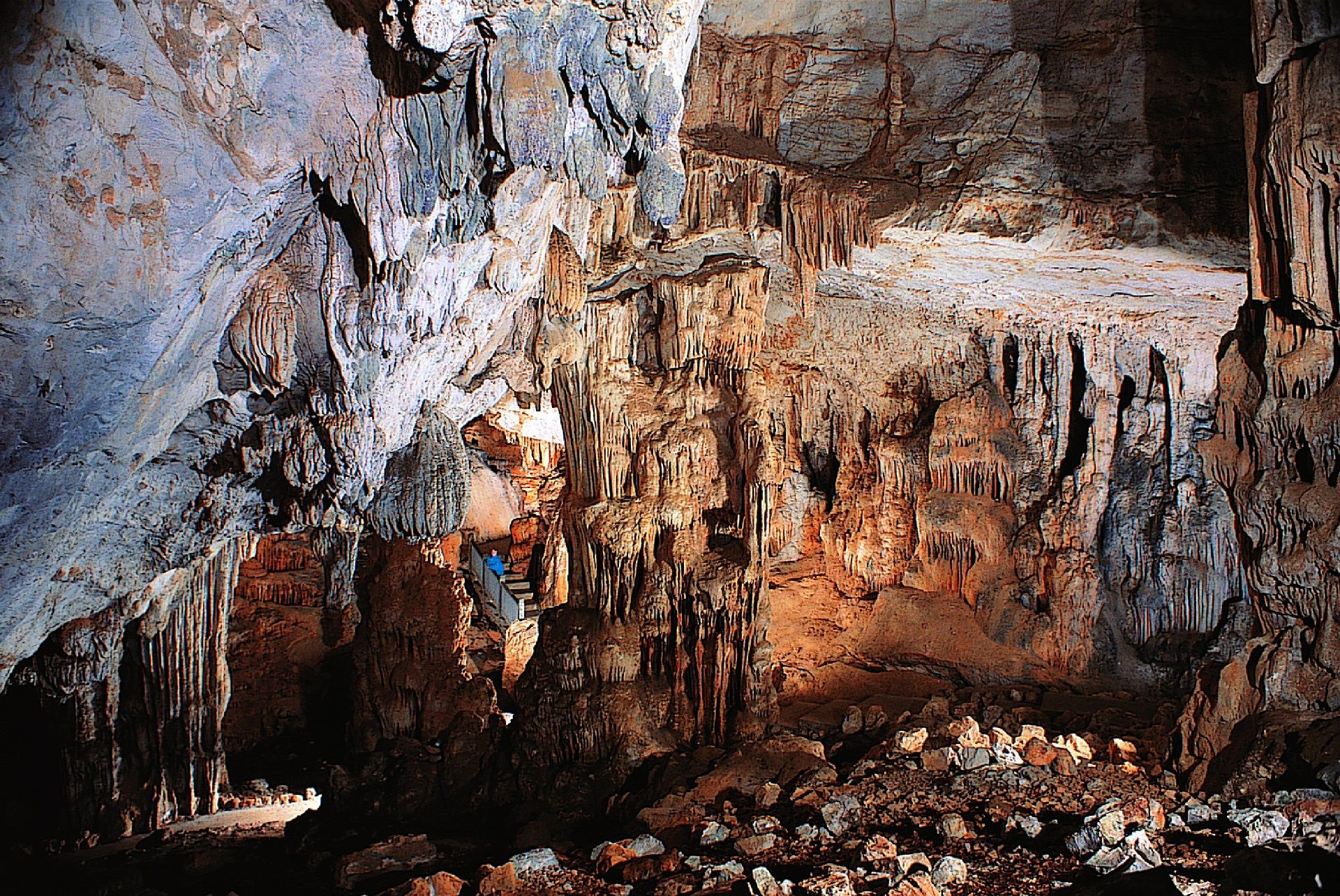 Concrétions, grotte des Demoiselles