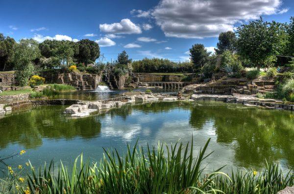 Jardin Saint-Adrien à Servian