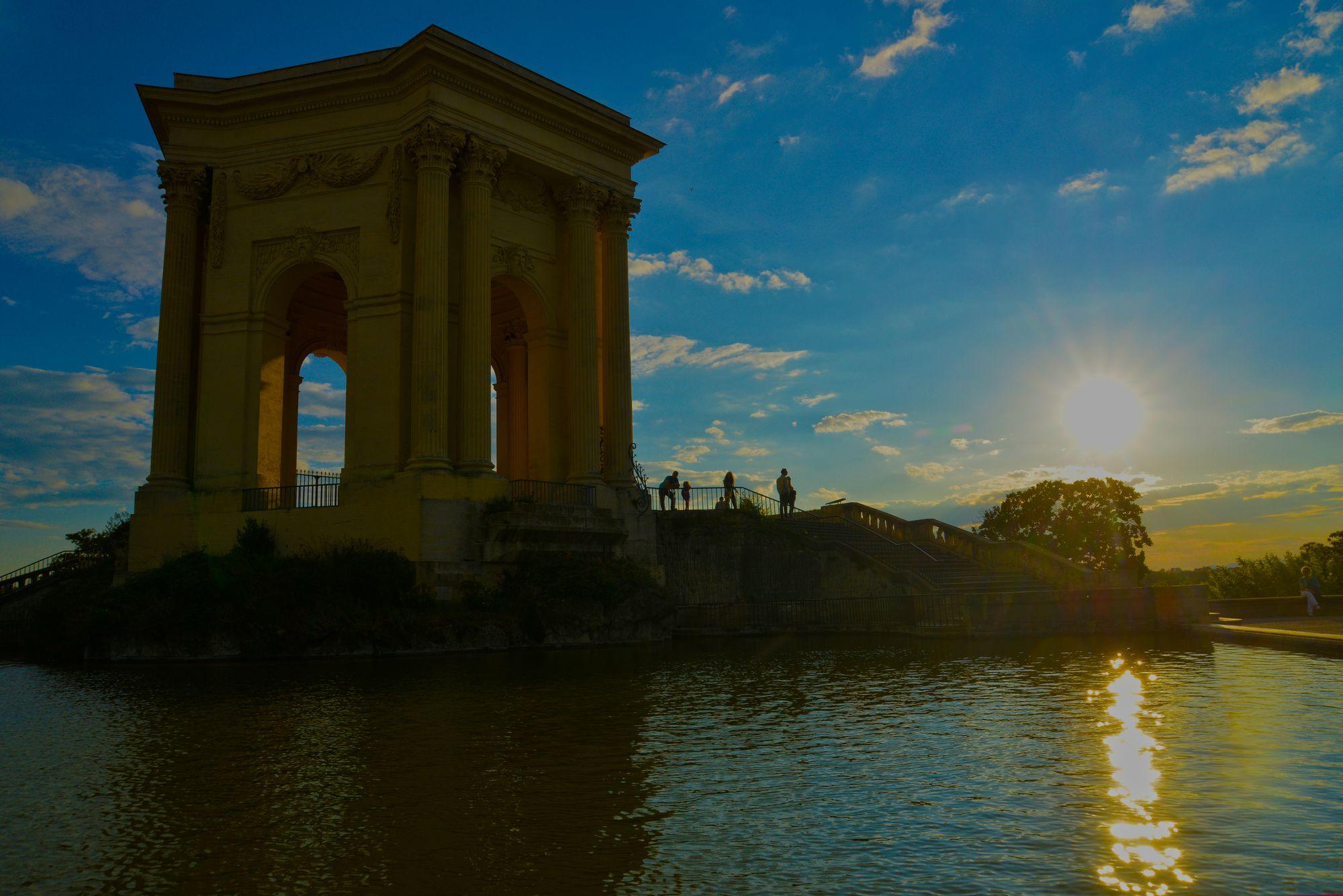 Coucher de soleil au Peyrou à Montpellier
