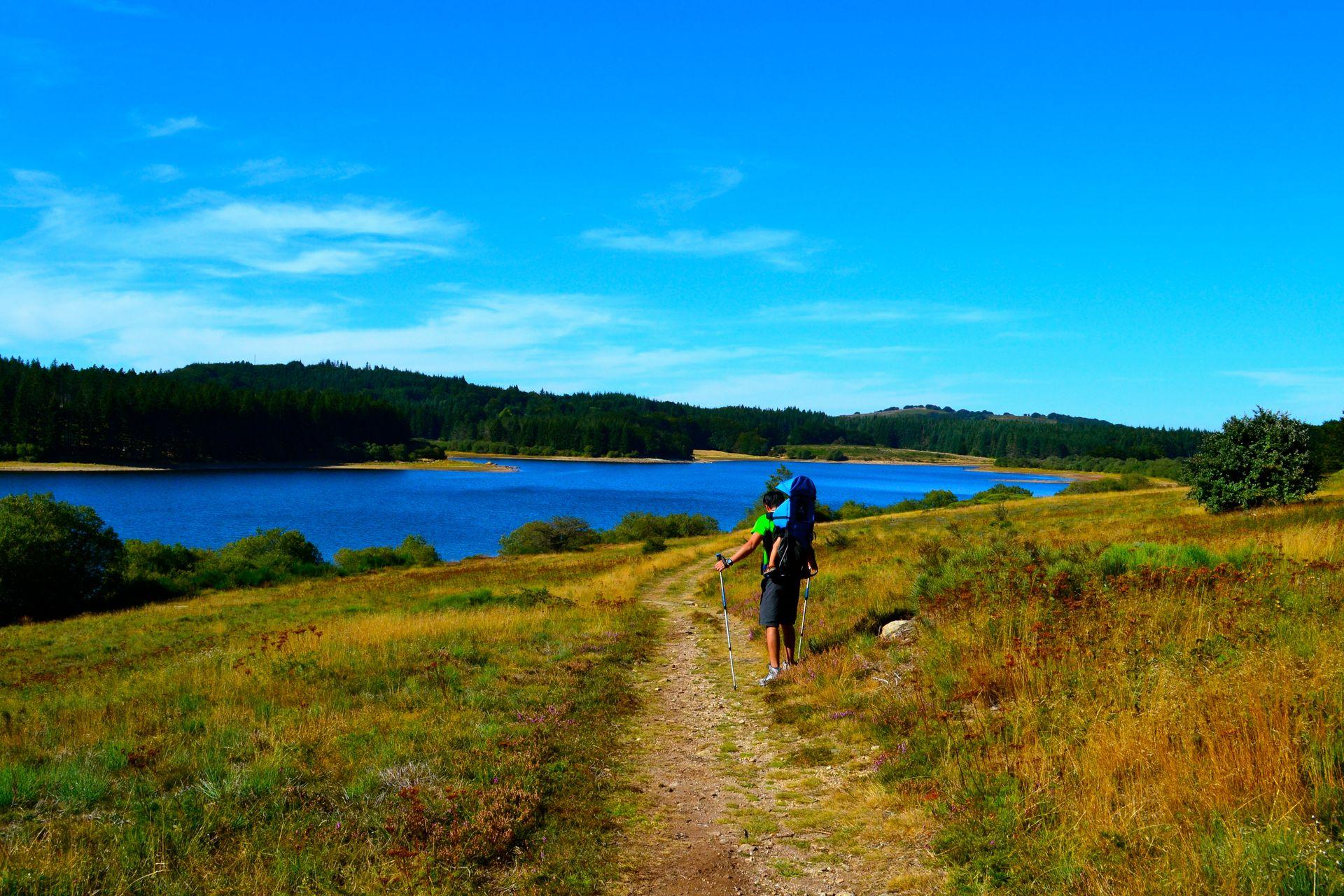 Randonnée en famille autour du lac de Vésoles
