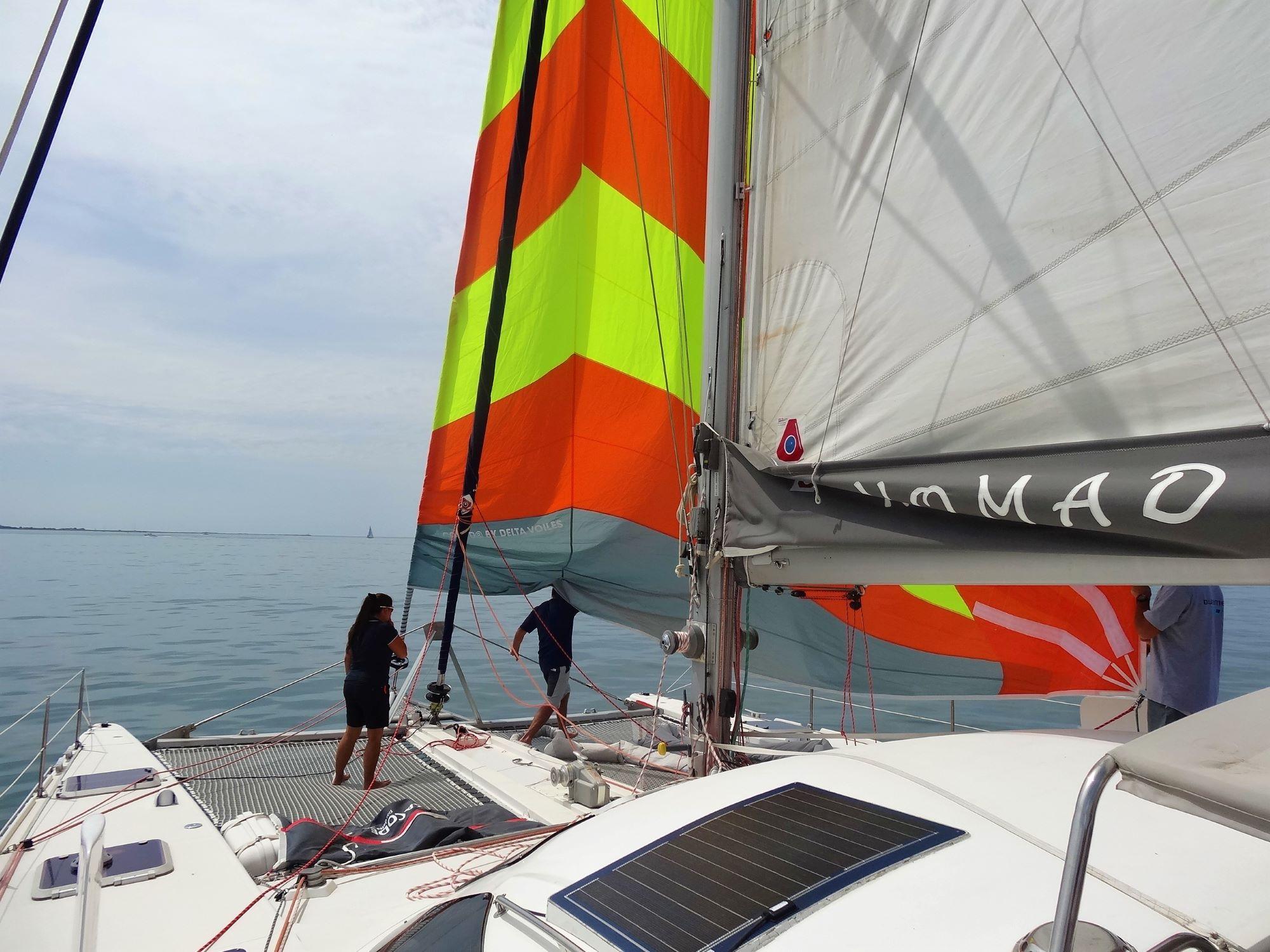 manoeuvre en catamaran à voile