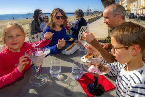 Grau d'Agde - Famille au restaurant