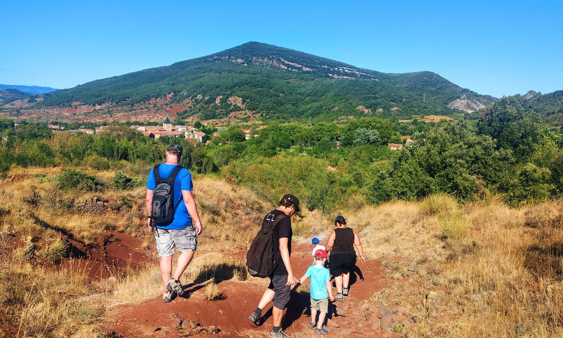 Randonnée des Béals en famille proche du lac du Salagou