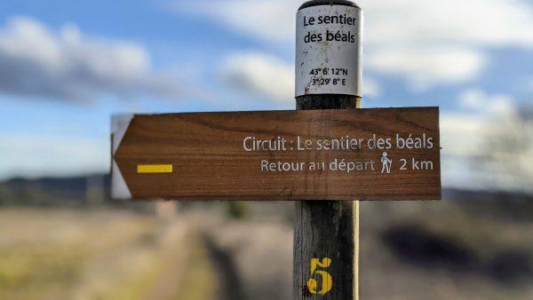 PR randonnée - balisage du sentier des Béals à Salasc