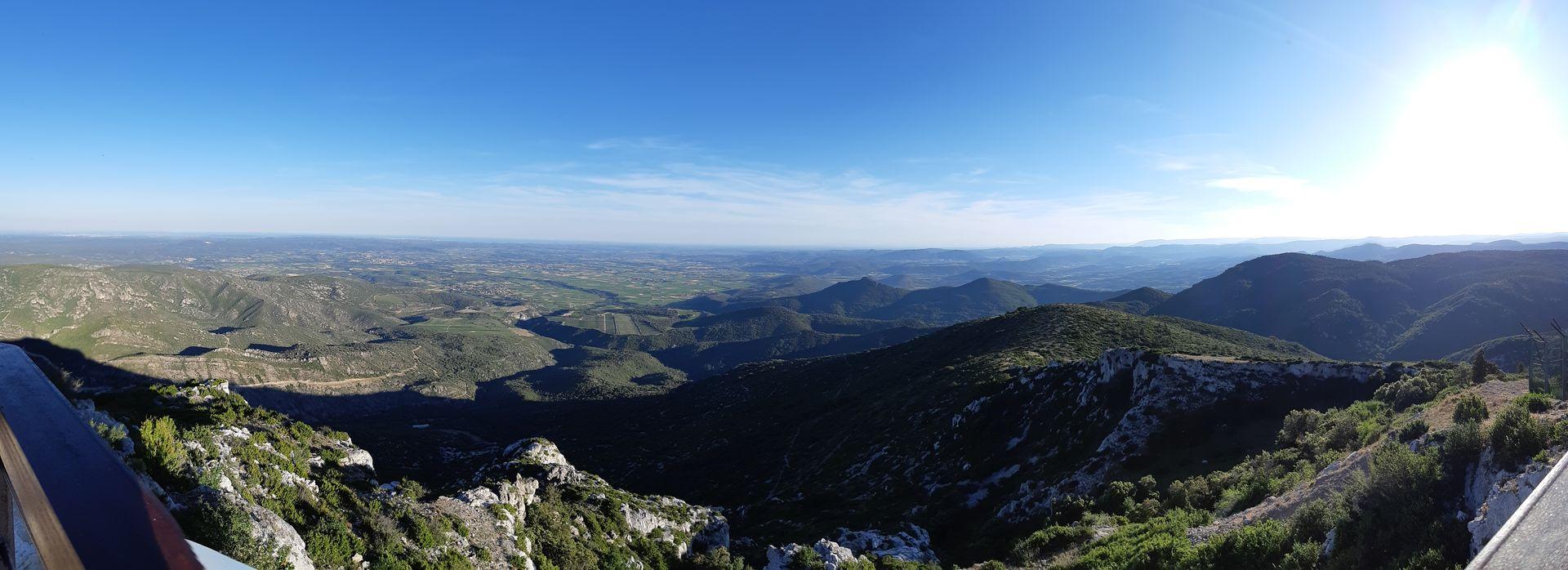 Vue de Mont Baudille vers la Méditerranée