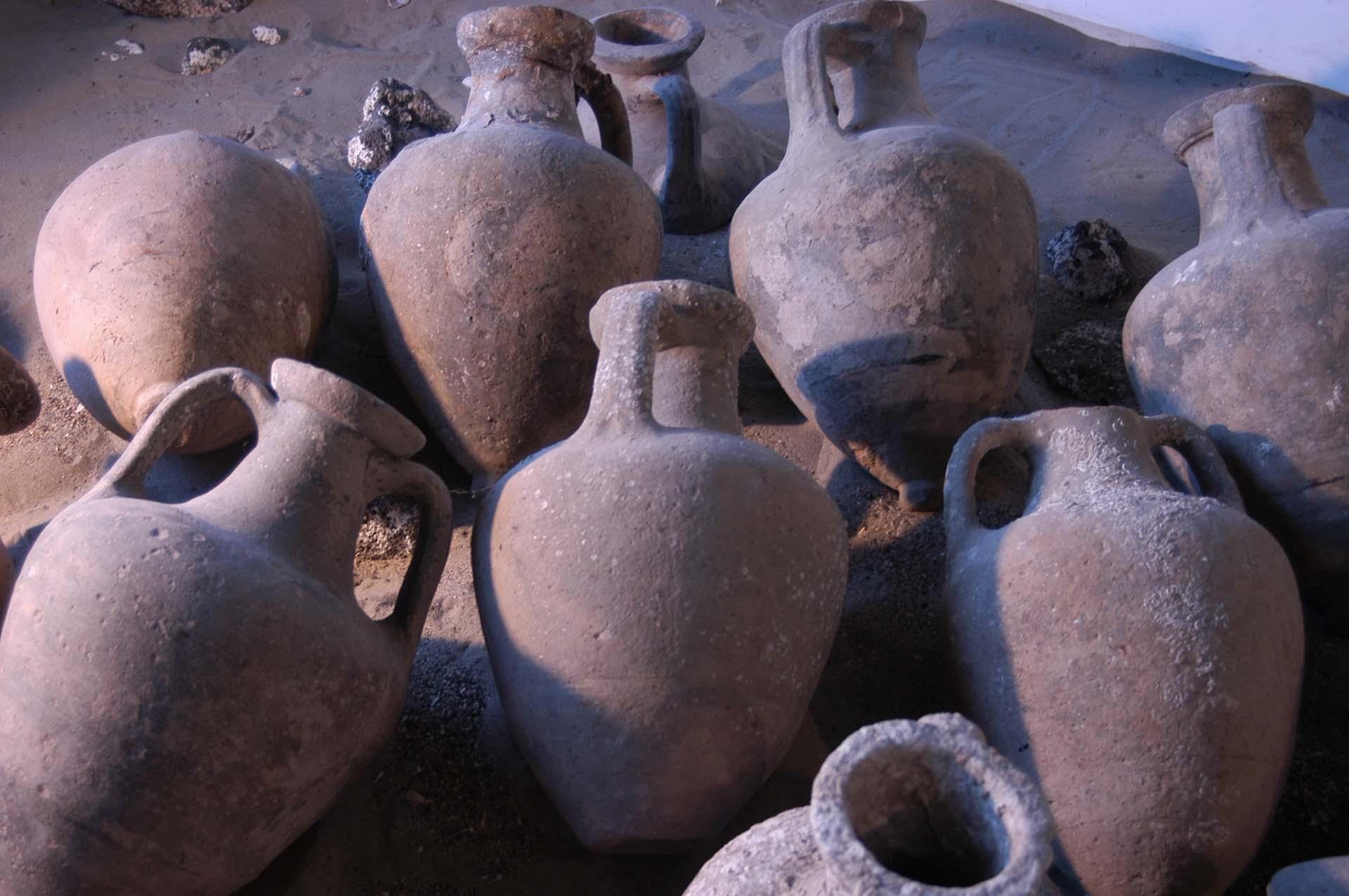 Amphores au musée de l'Ephèbe