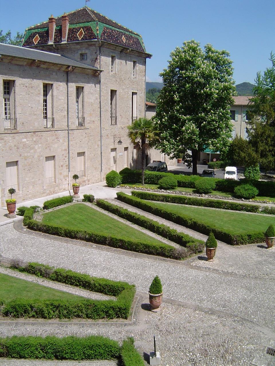 Lodève, Ancien Palais Episcopal