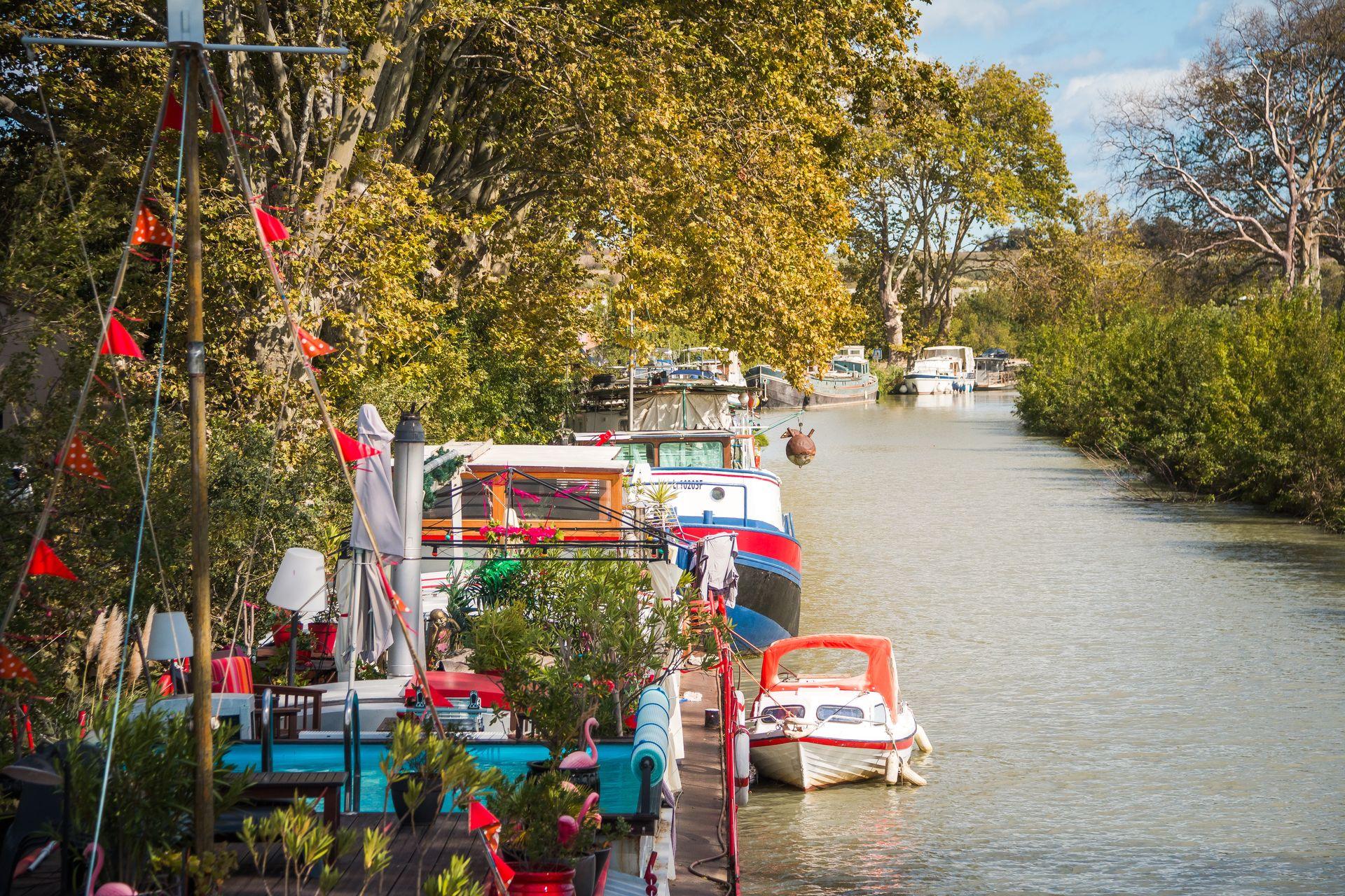 Péniche l'appart des Anges sur le canal du Midi, chambres d'hôtes en couple