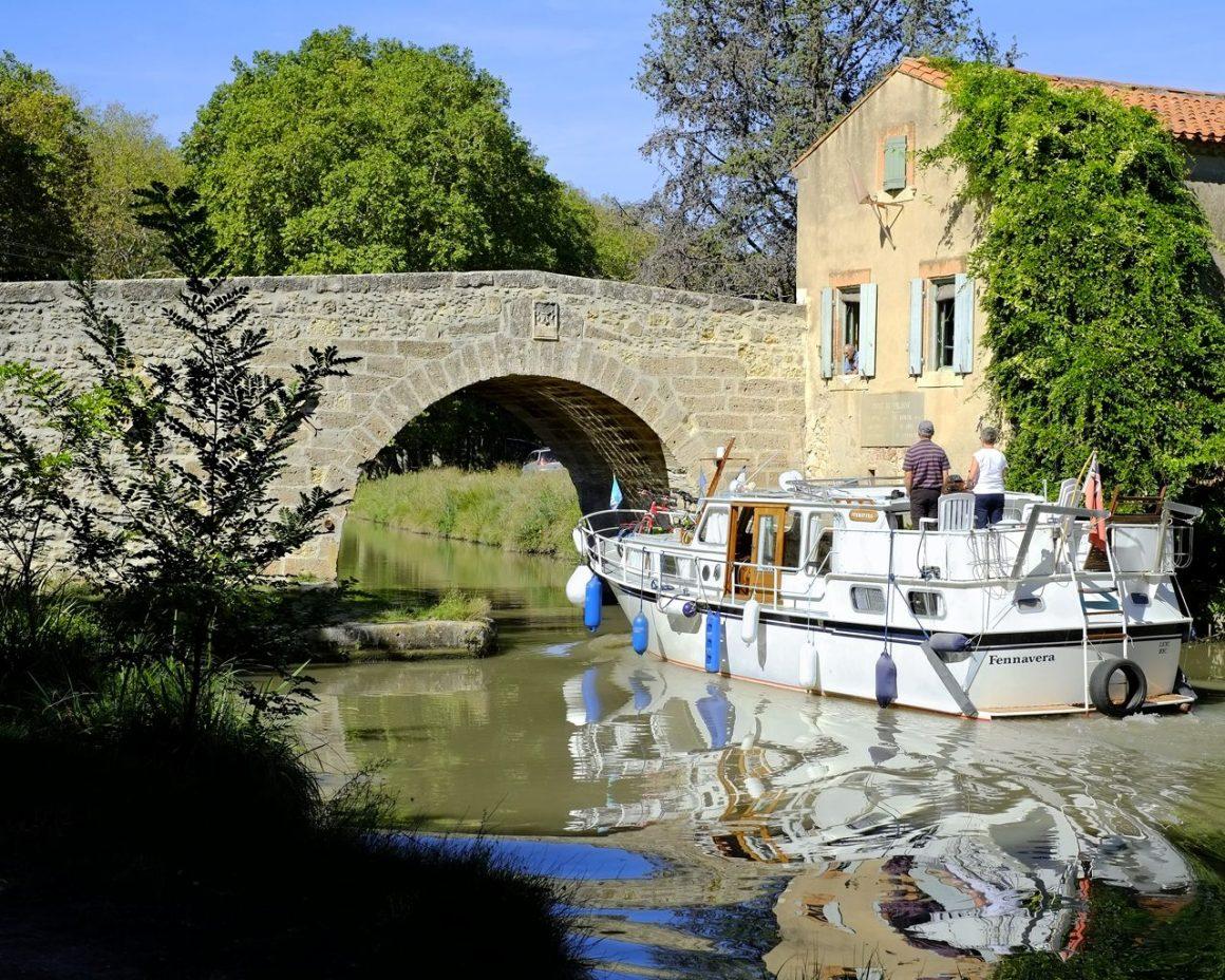 Péniche sur le Canal du Midi