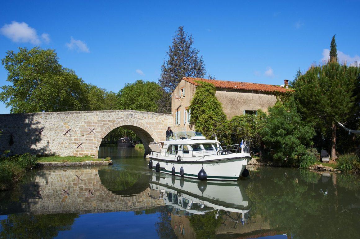 Péniche sur le Canal du Midi avec France Fluviale