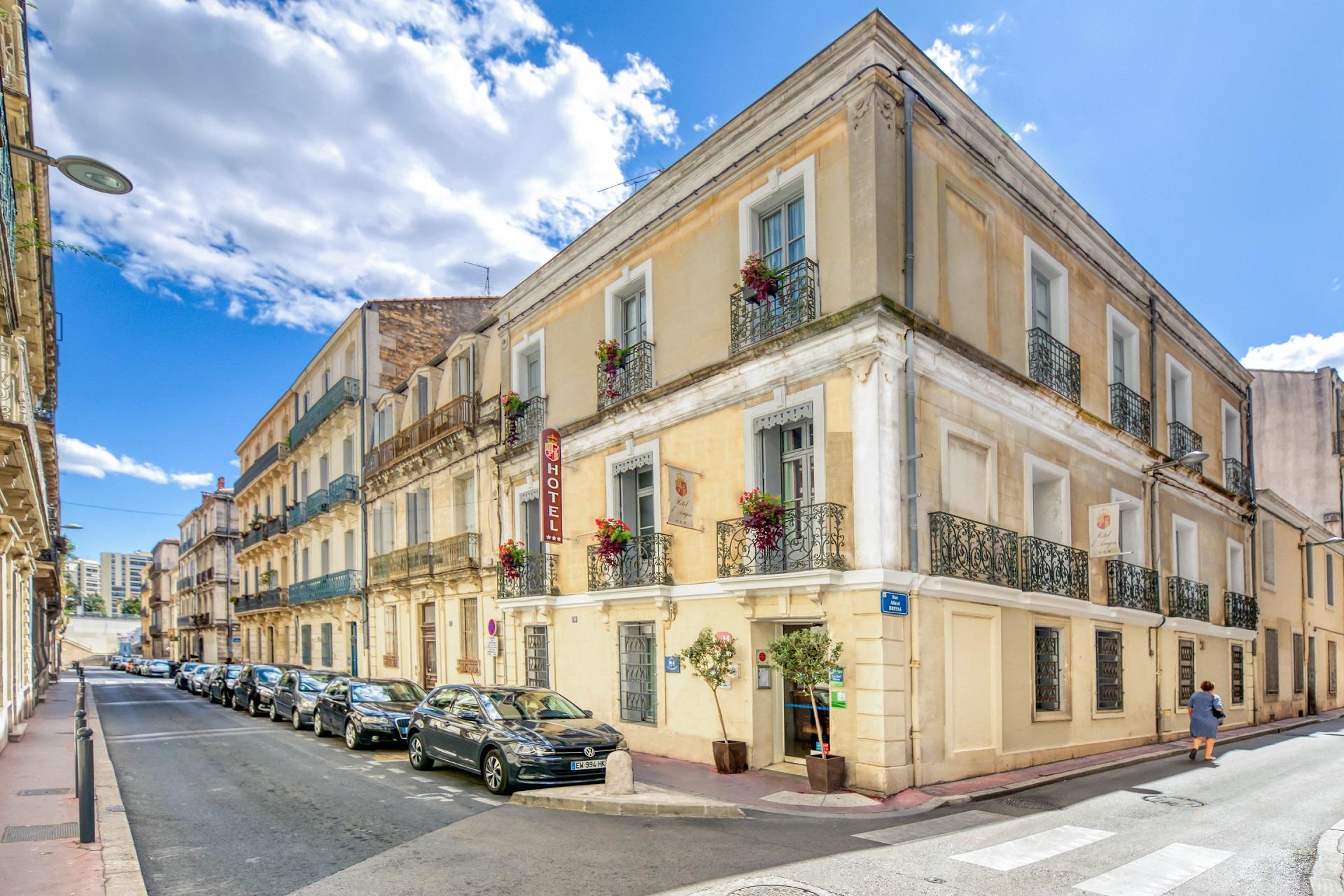 Façade de l'hôtel Aragon