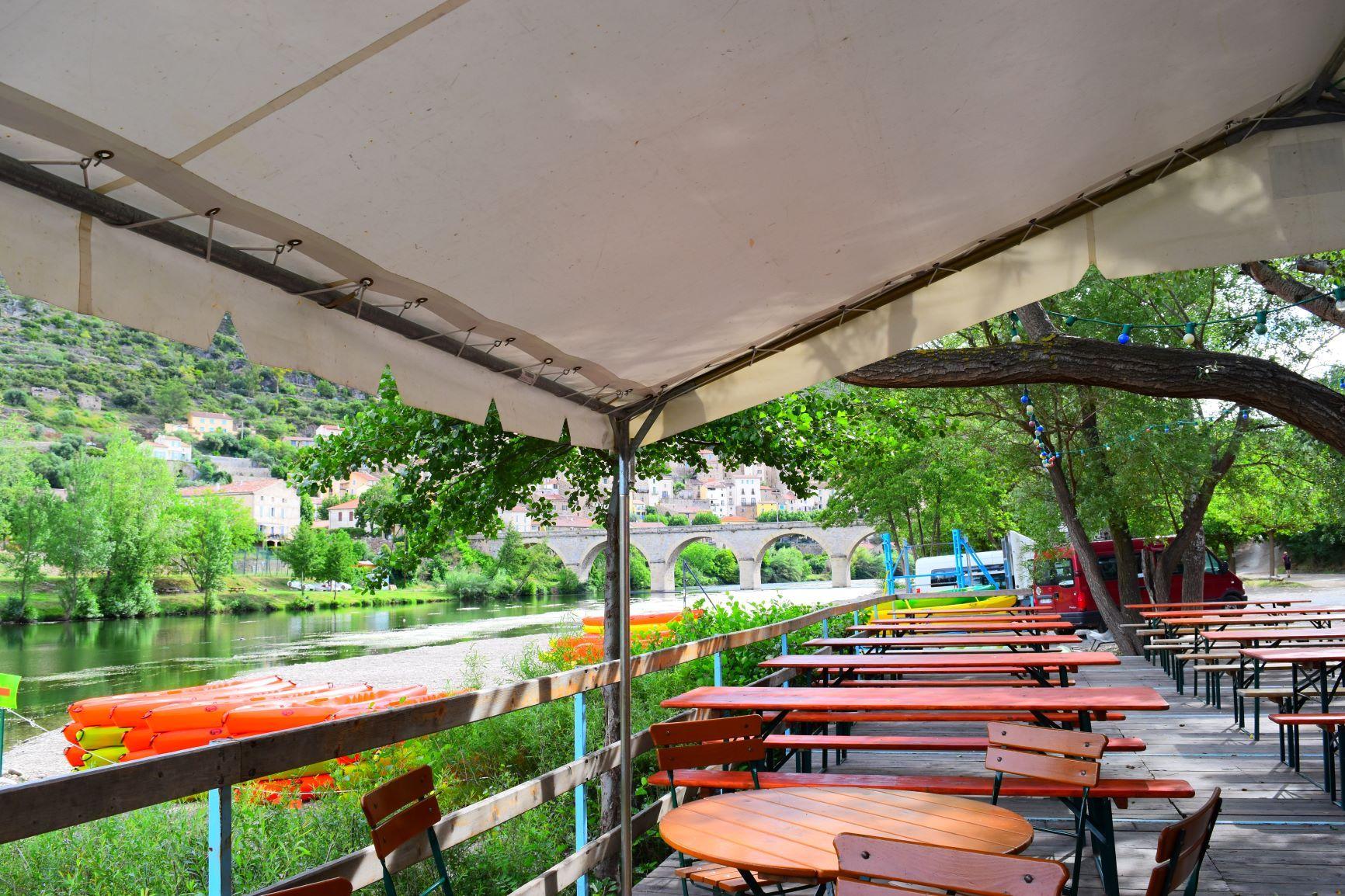 La guinguette du Canoë à Roquebrun