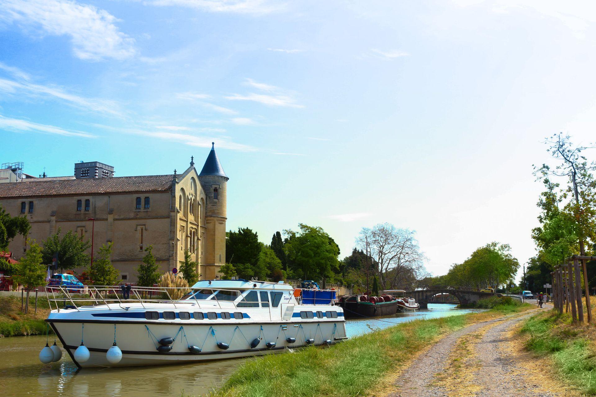 Croisière fluviale sur le canal du Midi avec Les Canalous
