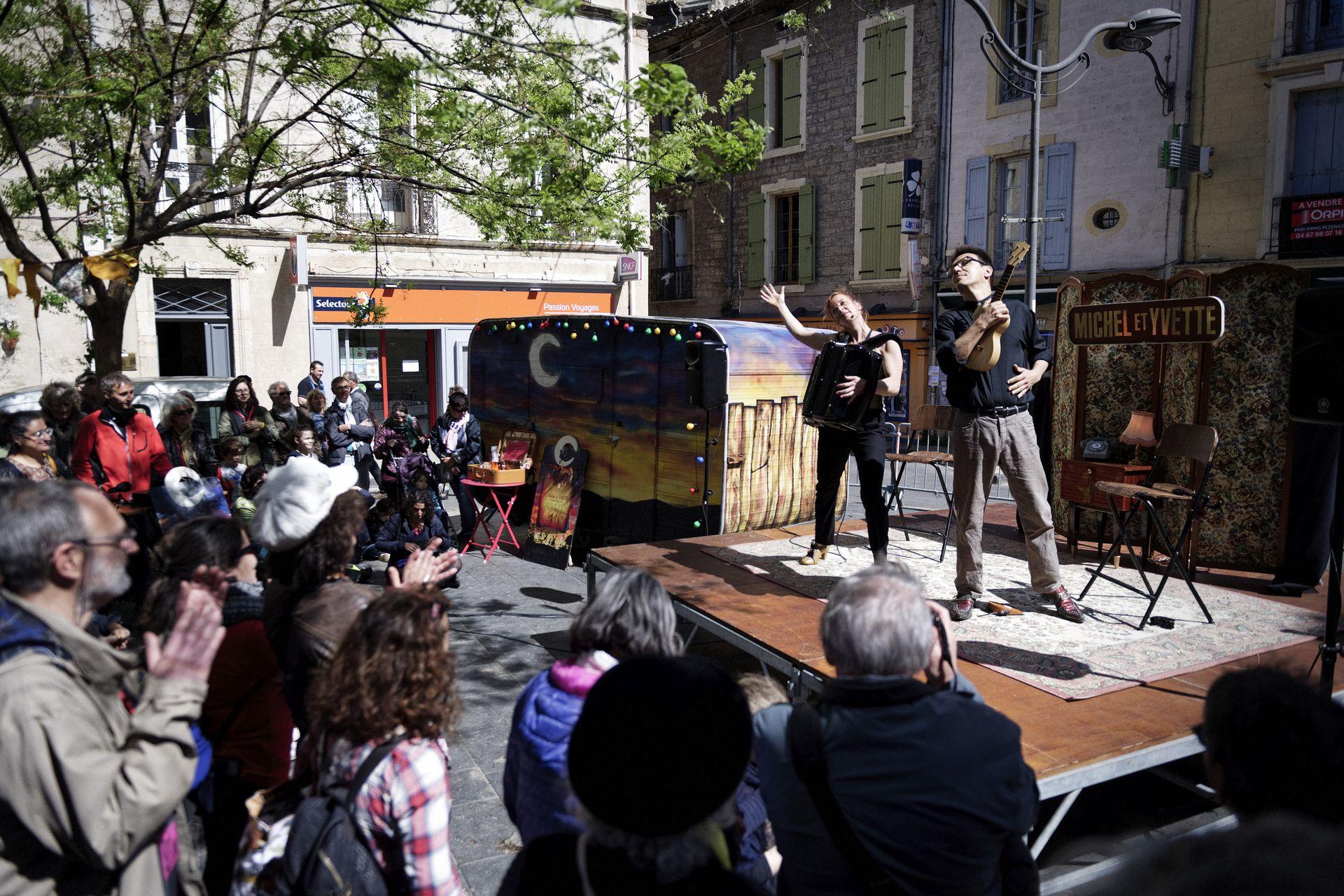 Spectacle Michel et Yvette au Printival Boby Lapointe à Pézenas