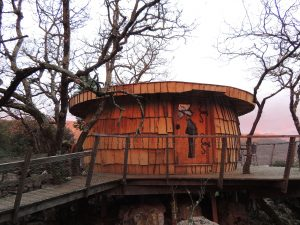 Cabane perchée romances nippones à Souleyourt