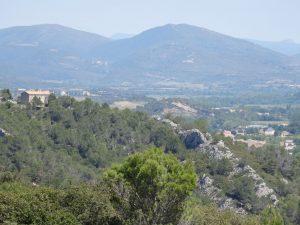Saint Chinian -Point de vue sur le Caroux du rocher blanc©MSanz