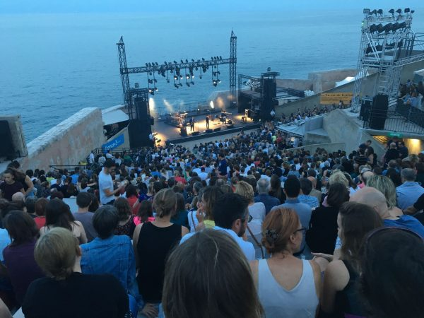 Festival Quand je pense à Fernande à Sète - vue depuis les hauteurs du Théâtre de la Mer