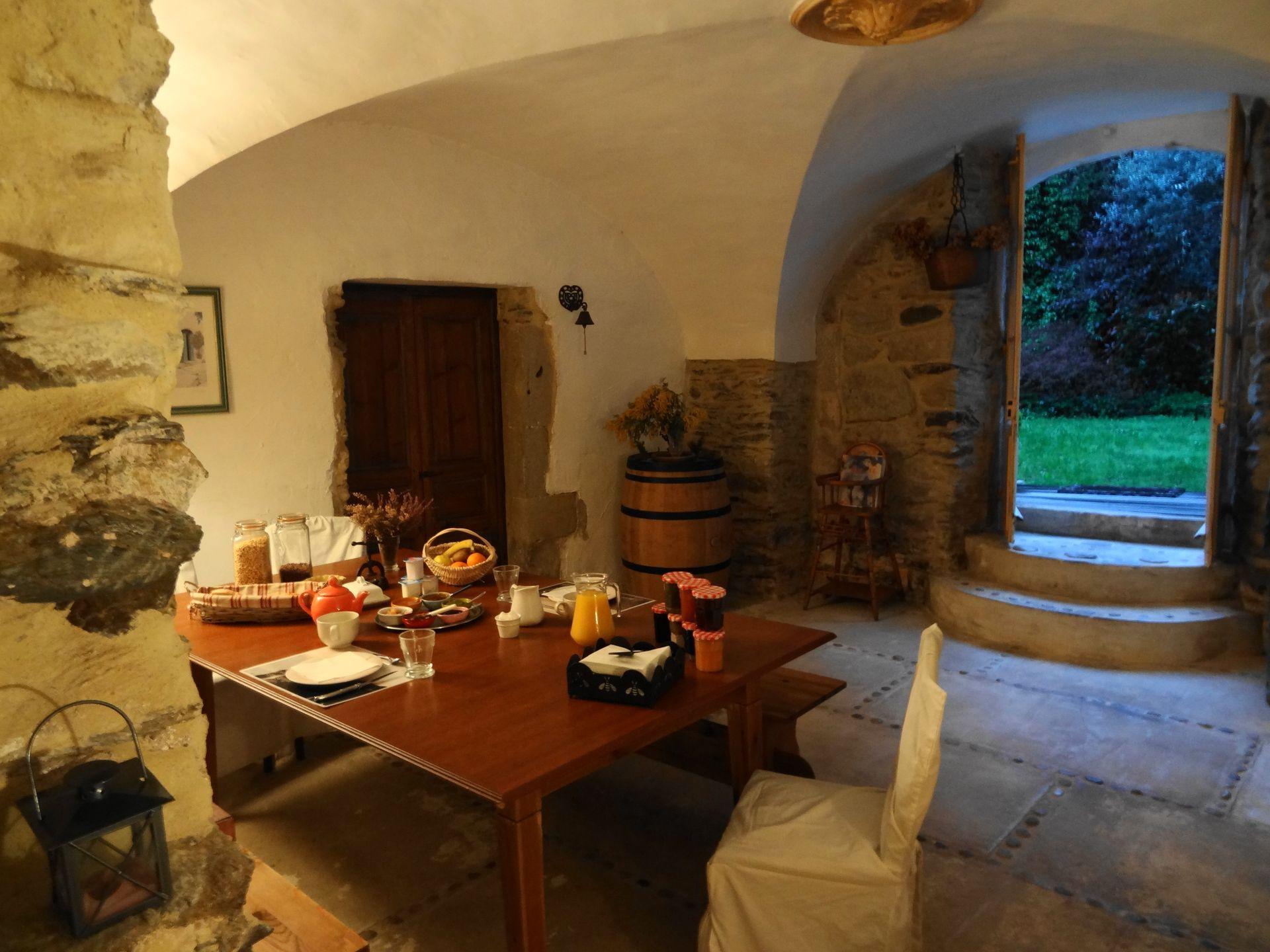 Petit déjeuner à La Maison d'Hôtes au Poujol sur Orb dans le Haut Languedoc
