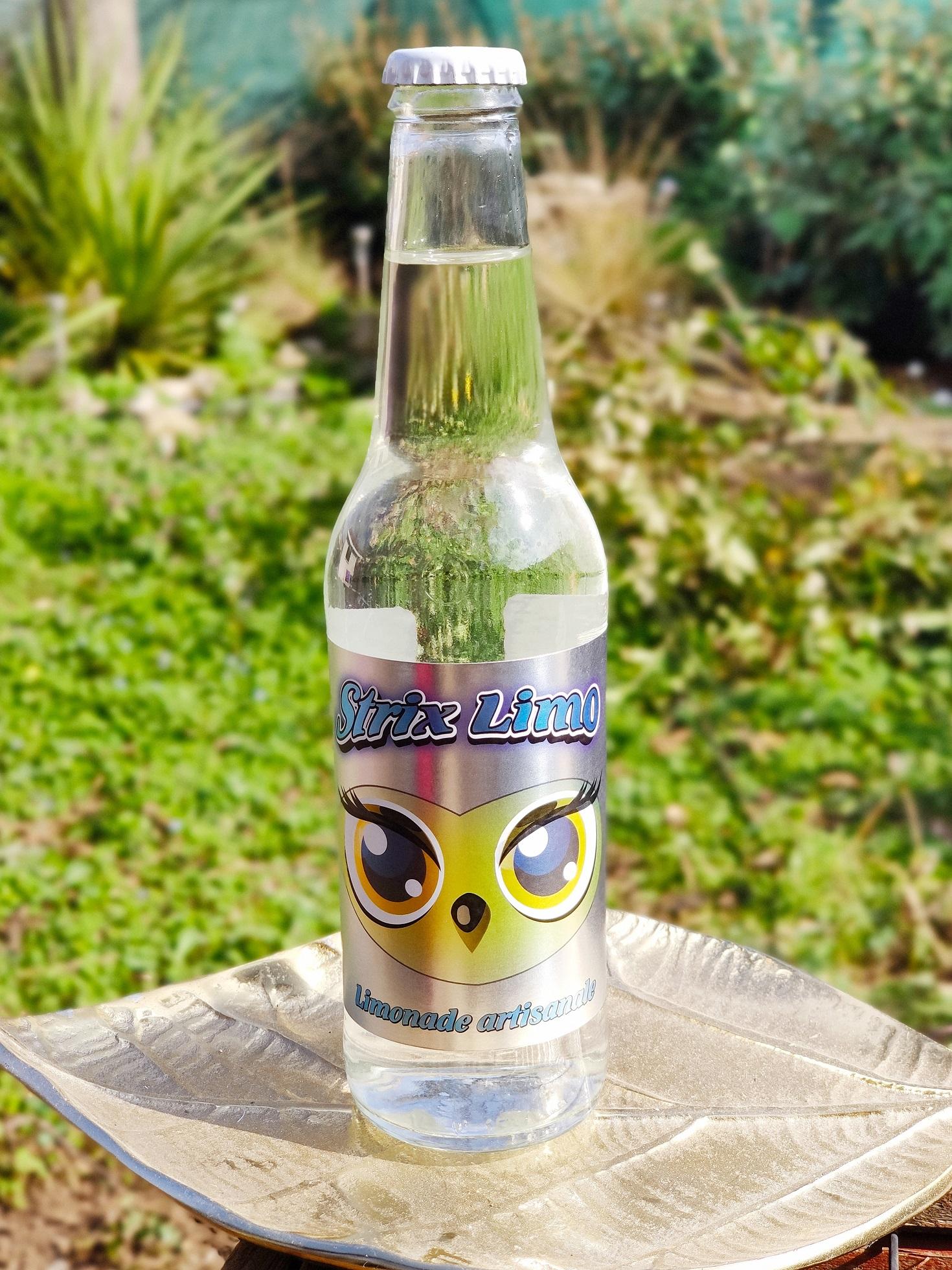 Bouteille de limonade artisanale Strix Limo de la Brasserie des Aucels à Bédarieux