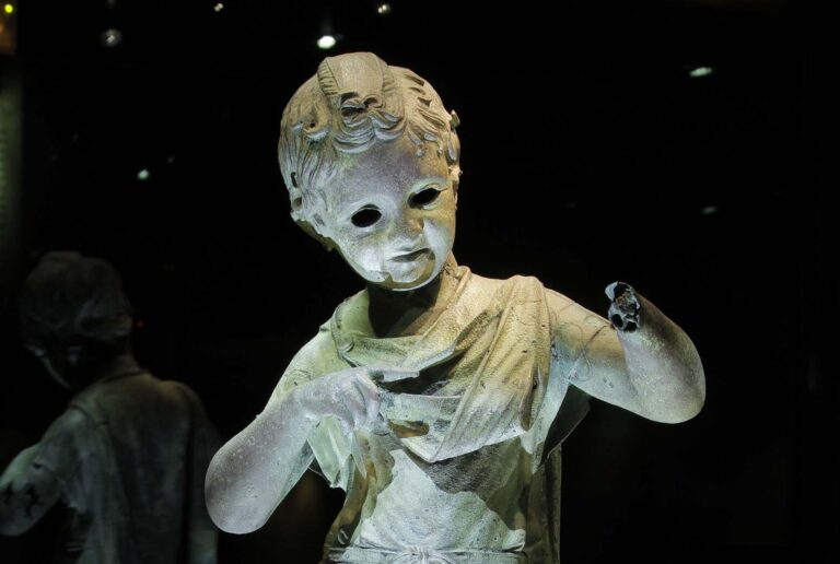 Enfant royal au Musée de l'Ephèbe au Cap d'Agde