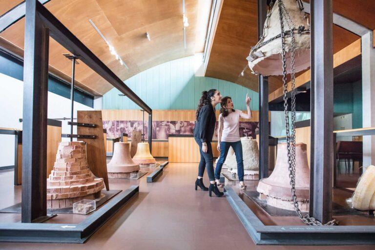 Manoir la trivalle, Musée de la cloche et de la sonnaille à Hérépian